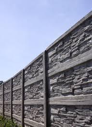 A betonkerítés építése előnyökkel jár